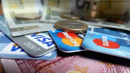 家賃のクレジットカード払いが新しいサービスで続々参入!!
